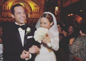 Καλομοίρα – Γιώργος Μπούσαλης: Η επέτειος του γάμου τους και οι νέες φωτογραφίες από την όμορφη μέρα!