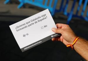Καταλονία – Δημοψήφισμα: Στα «άκρα» η κόντρα με την κυβέρνηση – Κρύβουν τις κάλπες και τα ψηφοδέλτια!