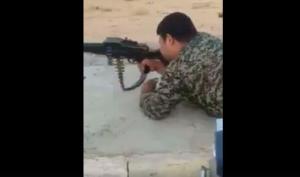 Συγκλονιστικό! Έχει χάσει και τα δύο του πόδια αλλά συνεχίζει να πολεμά κατά του ISIS [vid]