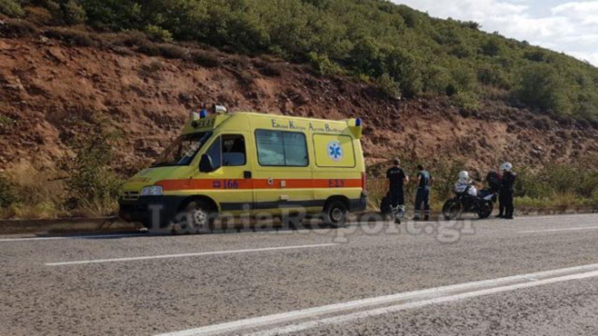 Λαμία: Κοιμόταν στην άκρη της εθνικής οδού – Η εξήγηση που έδωσε όταν τον ξύπνησαν! | Newsit.gr
