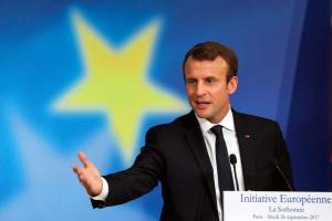 Μακρόν: Θέλουμε μια Ευρώπη με κοινό ταμείο και καλύτερη διαχείριση του μεταναστευτικού