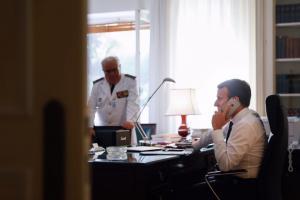 Εμανουέλ Μακρόν: Το κρίσιμο τηλεφώνημα για την Βόρεια Κορέα