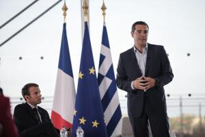 Επίσκεψη Μακρόν: «Ο Τσίπρας είναι πραγματικός ηγέτης» δηλώνει ο Λε Μερ
