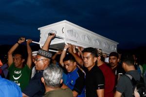 Φρίκη στη Μαλαισία – Μαθητές έκαψαν ζωντανούς έφηβους