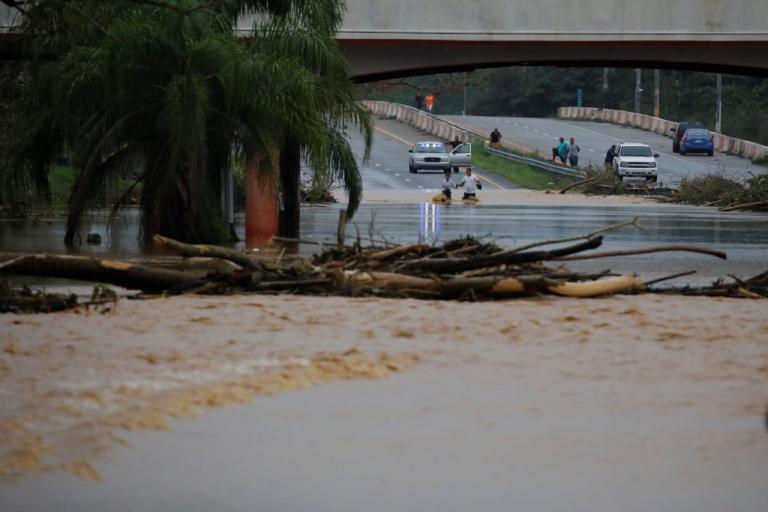 Φόνισσα Μαρία! 32 οι νεκροί και εικόνες καταστροφής στην Καραϊβική [pics, vids] | Newsit.gr