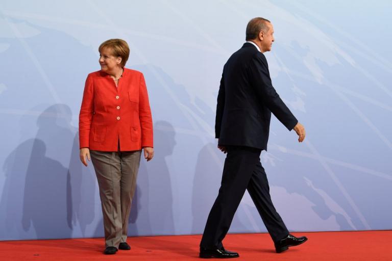 Ξινισμένα συγχαρητήρια Μέρκελ σε Ερντογάν