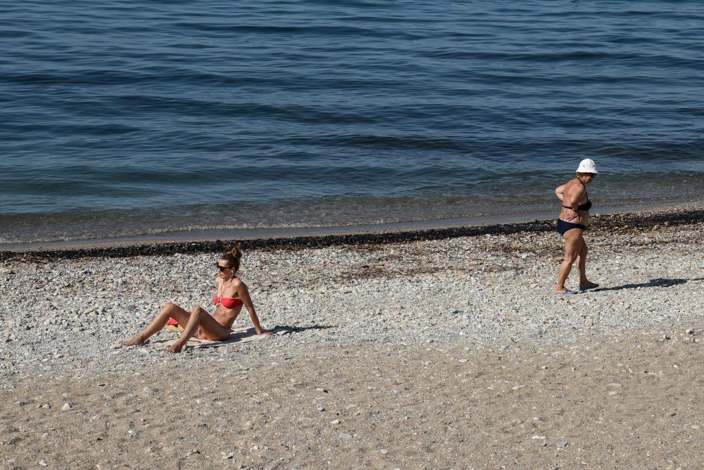 Αποτέλεσμα εικόνας για σαρωνικος κολυμπι απαγορευεται