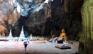 Μέσα στο πιο μαγευτικό σπήλαιο της Ταϊλάνδης