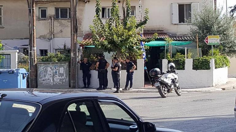 Θρίλερ με 45χρονο που ταμπουρώθηκε στην Πάτρα! [pics, vid] | Newsit.gr
