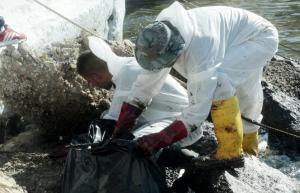 Εγκρίθηκαν αποζημιώσεις για την τεράστια πετρελαιοκηλίδα του «Αγία Ζώνη 2» – Ποιοι τις δικαιούνται