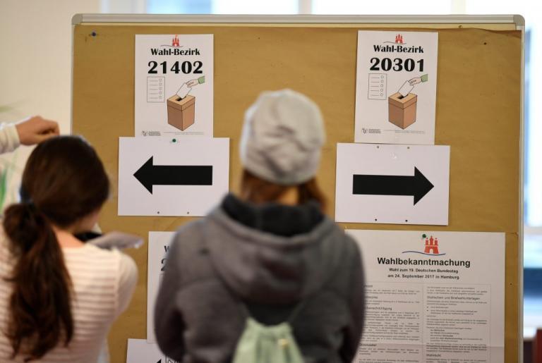 Γερμανικές εκλογές Live: Στις κάλπες οι πολίτες – Η Ευρώπη παρακολουθεί με «κομμένη την ανάσα» | Newsit.gr
