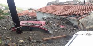 Σε κατάσταση έκτακτης ανάγκης η Σαμοθράκη – Ορμητικά νερά σάρωσαν τα πάντα – Εικόνες καταστροφής