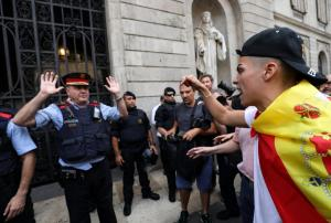Καταλονία – Δημοψήφισμα: «Πόλεμος» για τα εκλογικά τμήματα! Το χρονικό του κινήματος ανεξαρτησίας