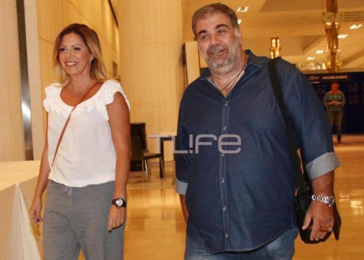 Δημήτρης Σταρόβας: Σπάνια έξοδος με την γοητευτική αγαπημένη του! [pics] | Newsit.gr