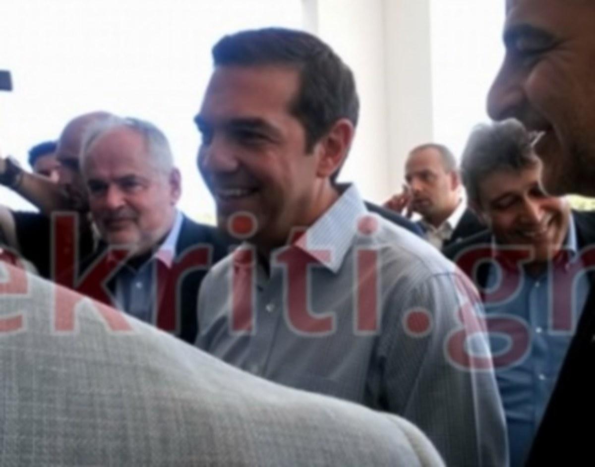 Κρήτη: Στο Ηράκλειο ο Αλέξης Τσίπρας – Ο πρώτος σταθμός και η «θερμή» υποδοχή που ετοιμάζουν αγρότες [pics] | Newsit.gr