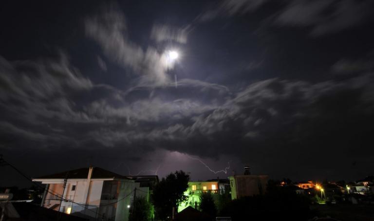 Καιρός: Βροχές και ισχυροί άνεμοι την Παρασκευή! Αναλυτική πρόγνωση | Newsit.gr
