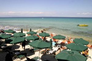 Το καλοκαίρι δεν τελειώνει στη Χαλκιδική – 85% πληρότητα!