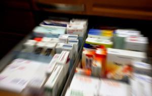 Θεσσαλονίκη: Καθησυχάζουν για τα πλαστά φάρμακα – «Απολύτως ασφαλείς εκείνοι που πηγαίνουν σε φαρμακεία»!
