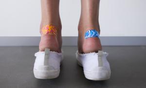 Φουσκάλες στα πόδια: Δεν φαντάζεστε τον καλύτερο τρόπο πρόληψης!