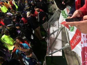 Κατέρρευσε κιγκλίδωμα στο «Stade Licorne»: Στους 29 οι τραυματίες! Πέντε σοβαρά [vid, pics]