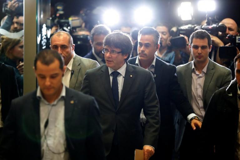 Αντιδράσεις στην Καταλονία: «Ο Ραχόι προχώρησε σε πραξικόπημα» – Οι δηλώσεις του  Κάρλες Πουτζδεμόντ | Newsit.gr