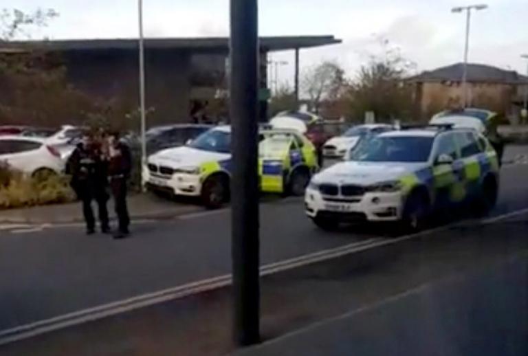 Μεγάλη Βρετανία: Έληξε η ομηρία μετά από παρέμβαση της αστυνομίας | Newsit.gr