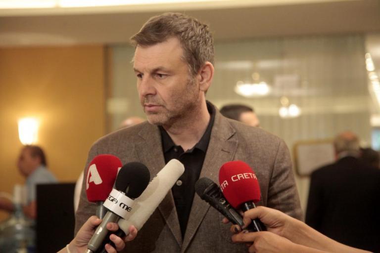 Απόστολος Γκλέτσος: «Ο Κώστας Μπακογιάννης είναι ότι χειρότερο υπάρχει – Θα τον πάω στον εισαγγελέα» [vid] | Newsit.gr