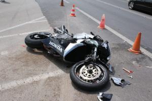 Βέροια: Σκοτώθηκε 20χρονος οδηγός μηχανής σε κόντρες – Τραγωδία σε αυτοσχέδιο αγώνα νεαρών!