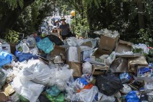 Ζάκυνθος: Έκλεισε ο ΧΥΤΑ του Σκοπού – Αυξάνονται τα σκουπίδια στους δρόμους του νησιού!