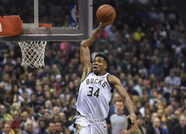 NBA: Ο Αντετοκούνμπο «μονοπώλησε» το top-10! [vid] | Newsit.gr