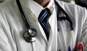 Τρεις γιατρούς «μαϊμού» στέλνει στον Εισαγγελέα ο ΙΣΑ