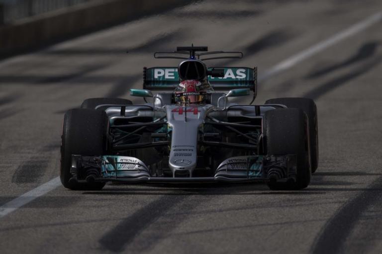F1: Σε άλλη… ταχύτητα ο Χάμιλτον! Πήρε την pole position [vid] | Newsit.gr