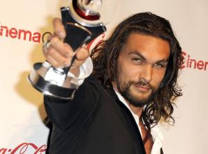 Σάλος με τον «Drogo» για τους βιασμούς στο Game Of Thrones [vid]