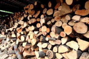 Θέρμανση: Όλα όσα πρέπει να γνωρίζετε αν χρησιμοποιείτε καυσόξυλα
