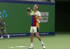 Ιστορική νίκη για τον Τσιτσιπά στο ATP Tour [vid]