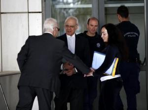 Ο Άκης Τσοχατζόπουλος ζητά 250.000 ευρώ αναδρομικά από το Δημόσιο!