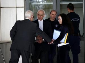 Όλοι ένοχοι στη δίκη για τις μίζες – Θα επιστρέψει στη φυλακή ο Άκης Τσοχατζόπουλος;