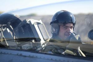 Αλέξης Τσίπρας: Πιλότος σε F16 – Μια ώρα πτήση πάνω από το βόρειο Αιγαίο