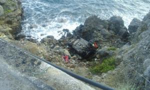 Κρήτη: Αυτοκίνητο έπεσε σε γκρεμό – Βγήκαν ζωντανοί και επέστρεψαν στα σπίτια τους [pics]