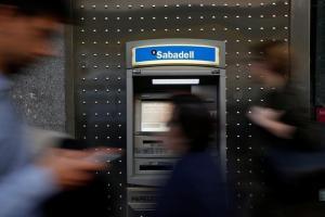 Απομακρύνει την έδρα της από την Καταλονία η Banco de Sabadell