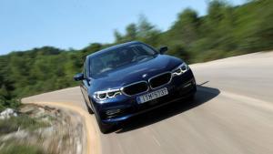 """Δοκιμάζουμε την 5άρα της BMW που καίει όσο ένα… """"παπί""""! [pics]"""