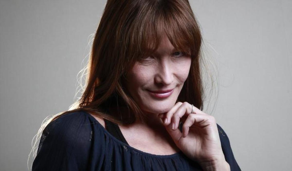 Η Κάρλα Μπρούνι δίνει συναυλία στην Αθήνα – Τι δηλώνει για την Ελλάδα | Newsit.gr