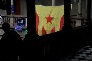 Καταλονία: Στα άκρα! Απειλές για… «ξήλωμα» της αυτονομίας από τη Μαδρίτη
