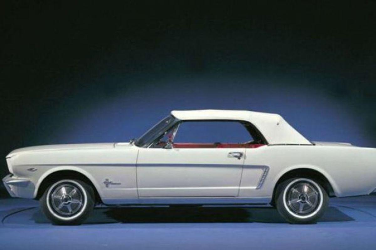 Δείτε την εξέλιξη της Mustang μέσα στο χρόνο σε 5' [vid]   Newsit.gr