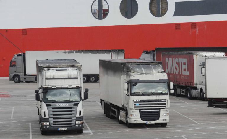 28η Οκτωβρίου: Απαγόρευση κυκλοφορίας φορτηγών αυτοκινήτων | Newsit.gr