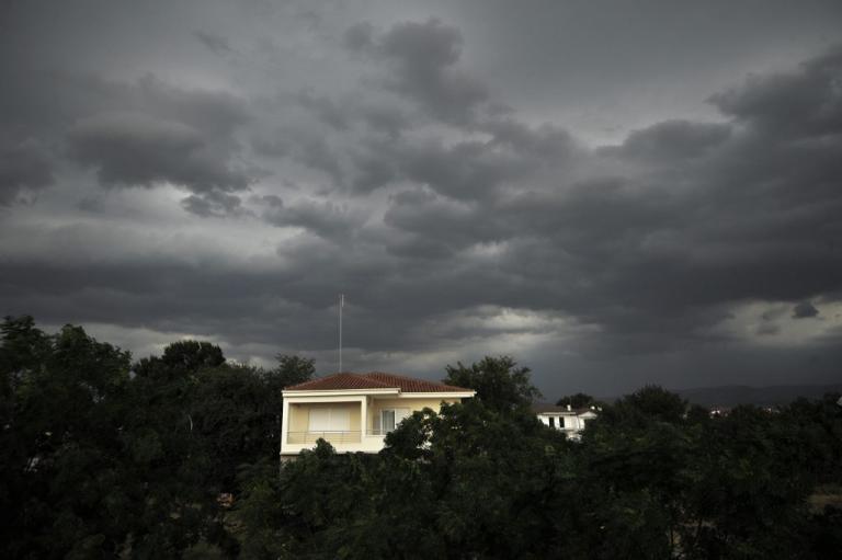 Καιρός: Ζακέτα να πάρετε! Ψυχρή «εισβολή» την Κυριακή | Newsit.gr