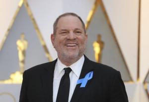 Μεγιστάνας του Χόλιγουντ κατηγορείται για σεξουαλική παρενόχληση!