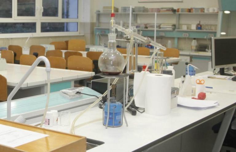Από το Αριστοτέλειο 3 από τους 400 καλύτερους νέους ερευνητές Χημείας στον κόσμο   Newsit.gr