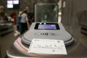 Ηλεκτρονικό εισιτήριο: Διευκρινίσεις ζητά ο ΟΑΣΑ από την Αρχή Προστασίας Δεδομένων
