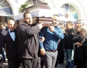 Βόλος: Εκπλήρωσαν την τελευταία επιθυμία στελέχους του ΣΥΡΙΖΑ – Ο συγκλονιστικός επικήδειος του γιου του [pics]